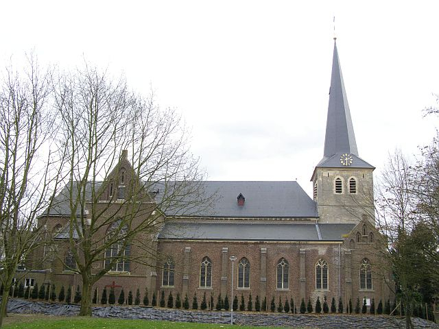 Martinuskerk oud stein zijaanzicht